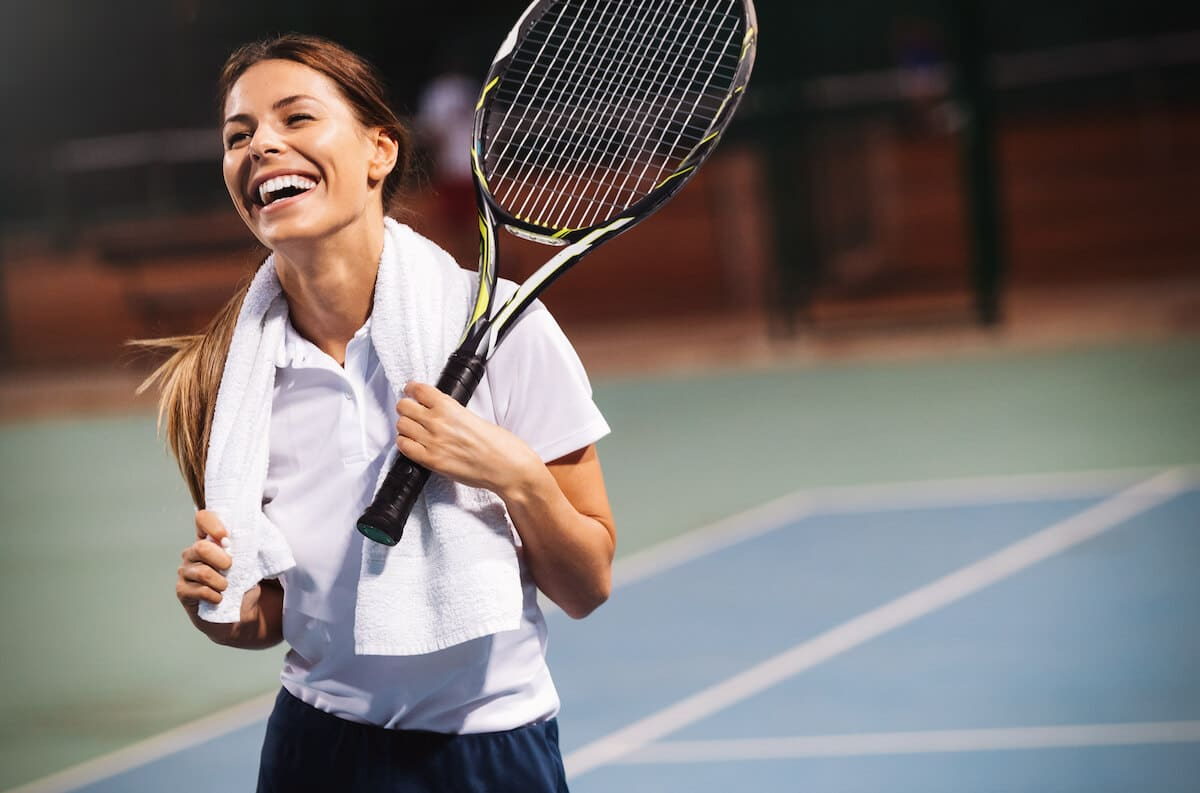 Contact lenses for tennis players